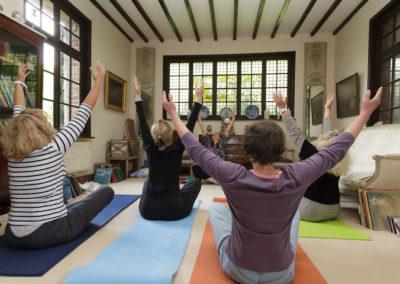 Jeûne et Randonnée Atelier Yoga Étirements
