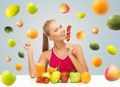 Stage de jeûne et randonnée et cures détox - Fruits volent femme